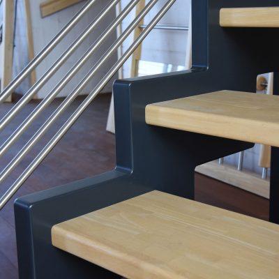 Escalier Bossard, escalier à deux couleurs