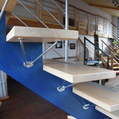 Escaliers Bossard, escalier à deux couleurs